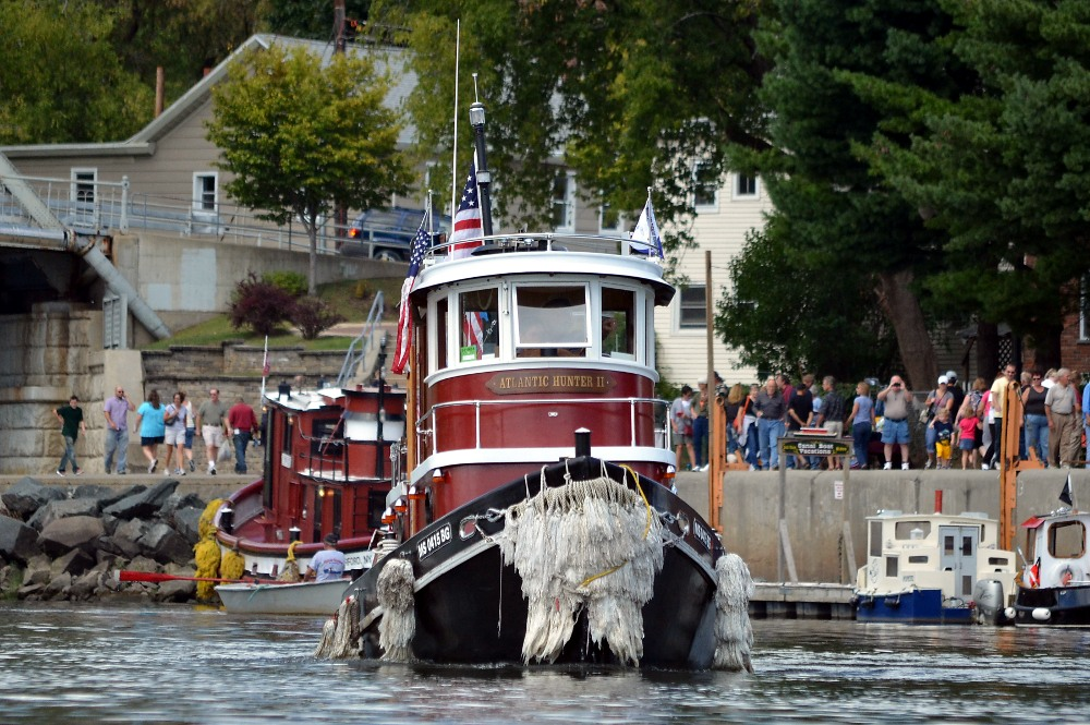 Waterford Tugboat Roundup 02